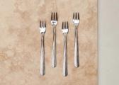 Rezua Fork Set Brushed Silver 2.jpg