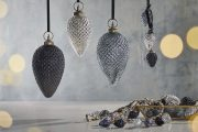 Harini Giant Baubles Antique Silver 3 HB18